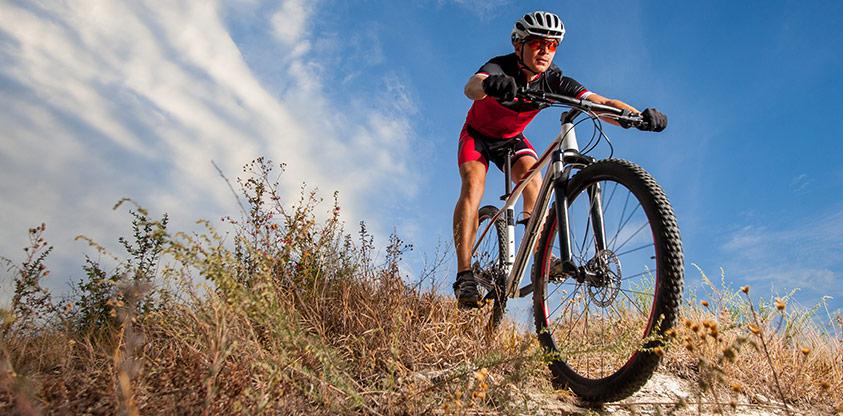 Så köper du din första mountainbike